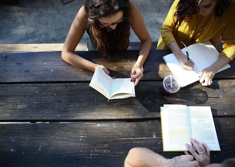 Niños y Jovenes Reciben Entrenanmiento Para Compartir el Evangelio